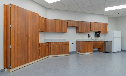 Five Ways Professional Commercial Casework Improves Spaces